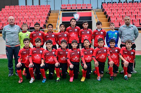U-19 qələbə qazandı, iki komandamız yarımfinalda